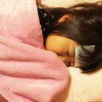子供が頭を痛がって吐いている時の対処方法は?小児科?それとも…